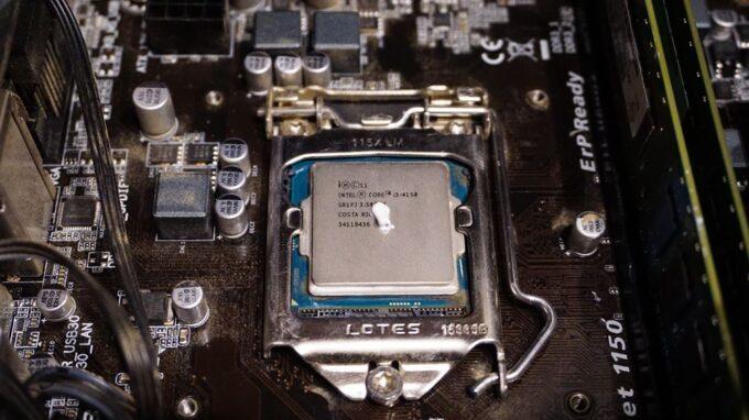 CPUグリスの塗り替え