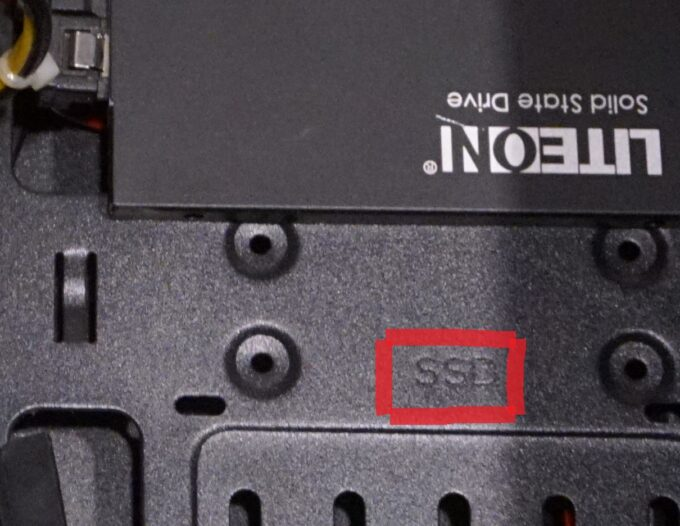 SSDの取り付け場所