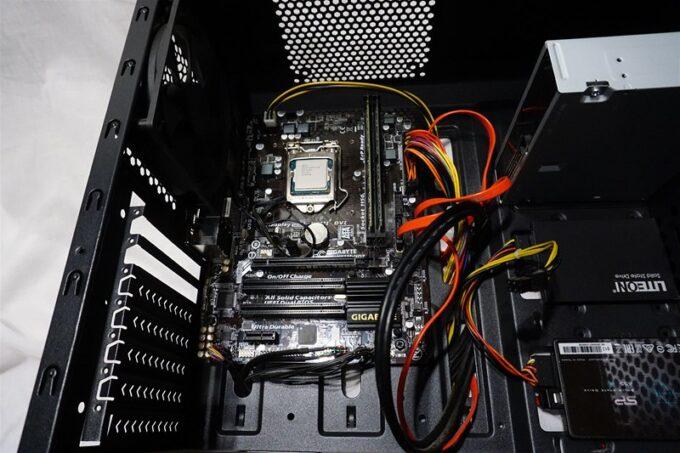 自作パソコンを掃除する
